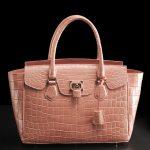 夏の装いに良く似合う♪夏色クロコダイルバッグを毎日ご紹介!