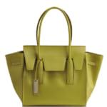 洗練されたデザインが魅力RIPANIの大人気バッグ